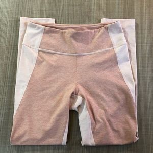 NWOT Outdoor Voices 3/4 Two Tone Leggings